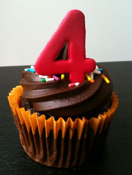 chocolate-4th-birthday-cupcake